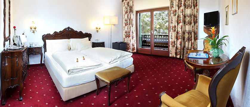 Hotel Tyrol & Alpenhof, Seefeld, Austria - Bedroom with balcony.jpg